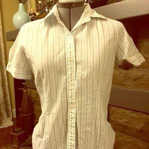 Uniqlo Tops - Uniqlo button down shirt
